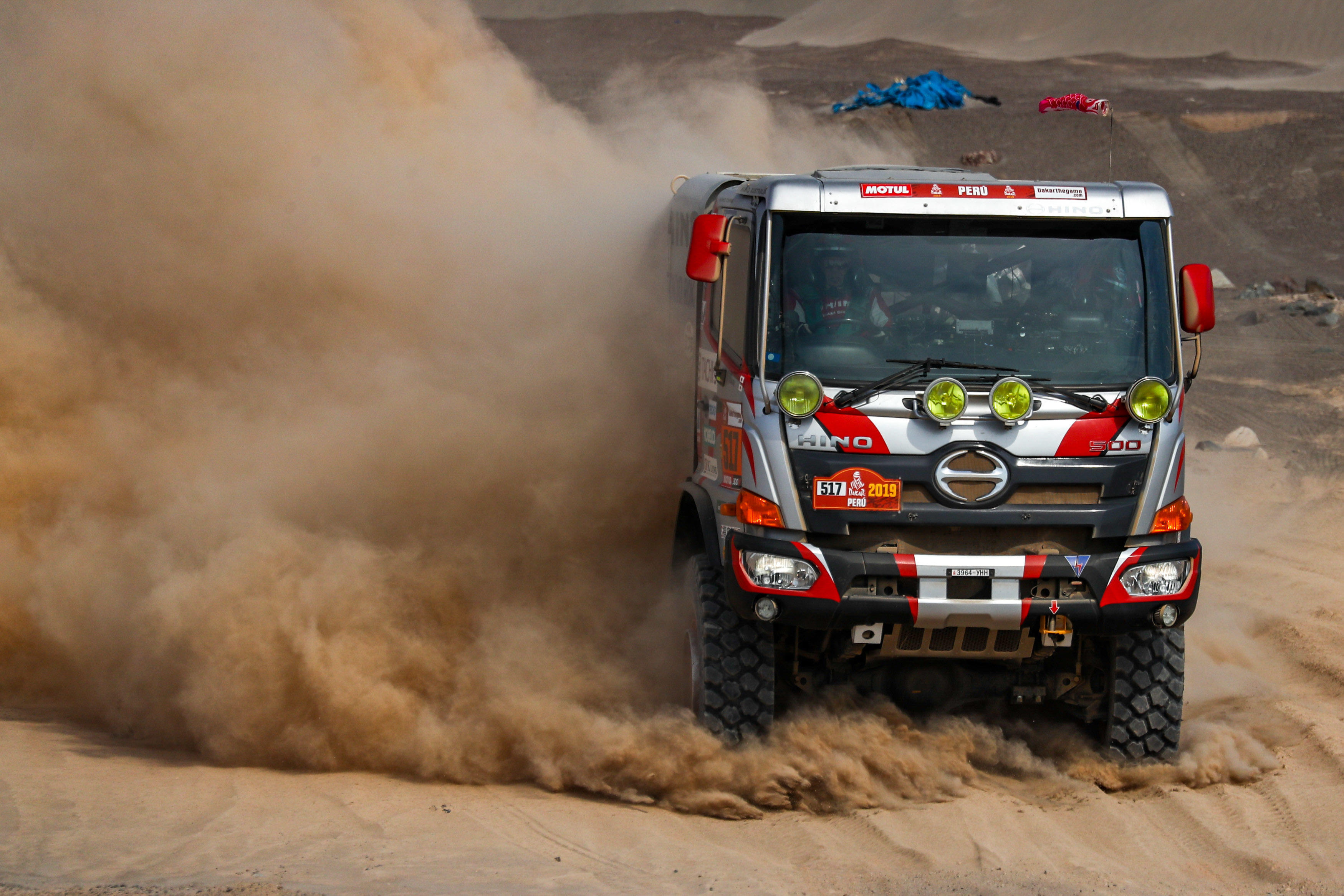 [DAY 8: Stage 6] First Day of the Second Week Features the Longest Stage of the Event. Team's Truck Overcomes Dunes to Finish in 9th Place.